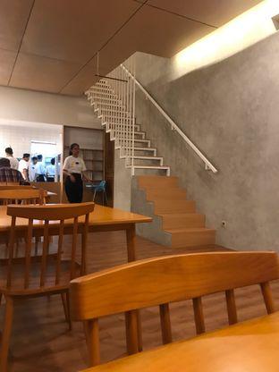 Foto 4 - Interior di Kuma Ramen oleh hokahemattiga