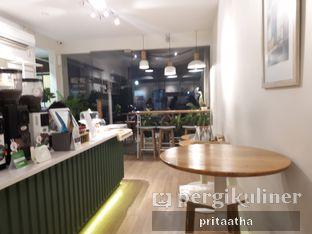 Foto 7 - Interior di Titik Koma Coffee oleh Prita Hayuning Dias