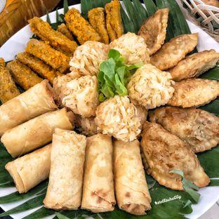 Foto 12 - Makanan di Canting Restaurant - Teraskita Hotel managed by Dafam oleh Stellachubby