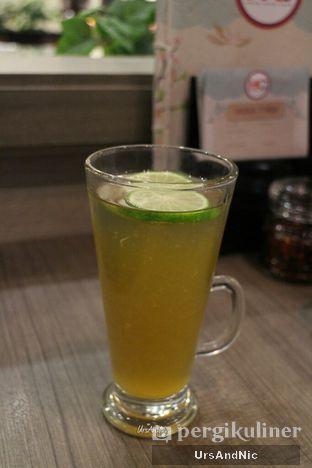 Foto 4 - Makanan(Hot honey lemon) di Hong Kong Cafe oleh UrsAndNic