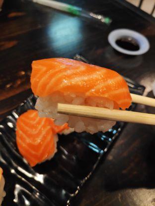 Foto 4 - Makanan(Salmon) di Jikasei Sushi oleh Gabriel Yudha | IG:gabrielyudha