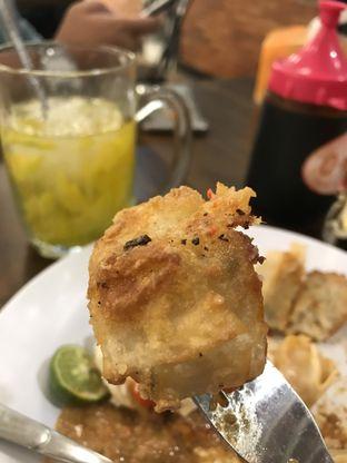 Foto 2 - Makanan di Siomay Oenake oleh RI 347 | Rihana & Ismail
