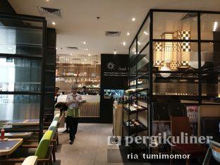 Foto 3 - Interior di MOS Cafe oleh riamrt