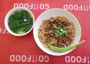Foto 1 - Makanan di Bakmie Aloi oleh Eat Drink Enjoy