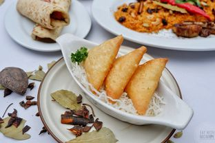 Foto 9 - Makanan di Maximo Resto & Garden - Puri Setiabudhi Residence Hotel oleh Mariane  Felicia