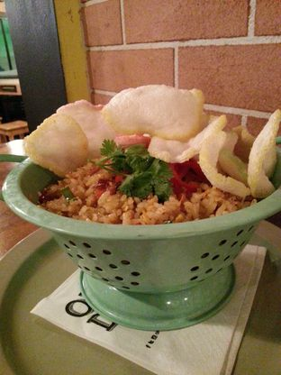 Foto - Makanan(Tomyum Fried Rice ) di Open Door oleh Oktavia Chai