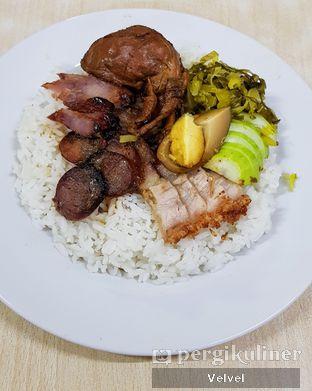 Foto 1 - Makanan(Nasi Campur Biasa) di Bun Hiang oleh Velvel