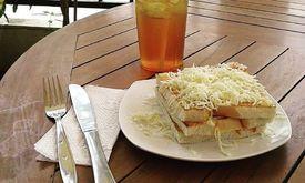 Jaya Cafe & Resto