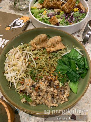 Foto 1 - Makanan di Burgreens Eatery oleh Deasy Lim