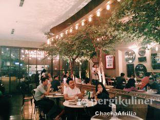 Foto 8 - Interior(Suasana Cafe) di Magnum Cafe oleh Chacha Afrilia