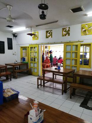 Foto 3 - Interior di Warung Mak Dower oleh @makansamaoki
