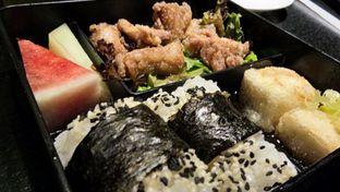 Foto 4 - Makanan(Kara-age bento) di Torigen oleh Komentator Isenk