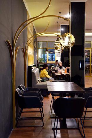 Foto 14 - Interior di The Gade Coffee & Gold oleh yudistira ishak abrar