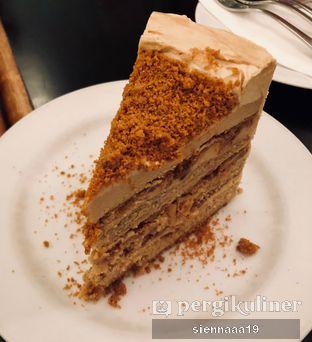 Foto 3 - Makanan(speculoos cake) di Benedict oleh Sienna Paramitha