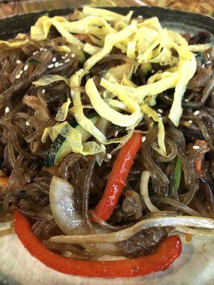 Foto 4 - Makanan(Jabchae) di Magal Korean BBQ oleh Florence chloe