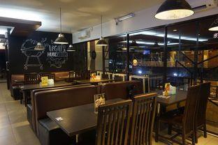Foto 24 - Interior di RAY'S Steak & Grill oleh yudistira ishak abrar