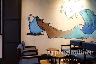 Foto 10 - Interior di Blue Lane Coffee oleh Darsehsri Handayani