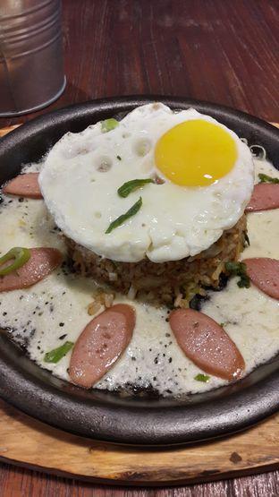 Foto 1 - Makanan di Maji Streatery oleh Andri