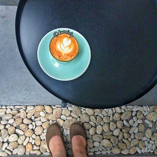 Foto 2 - Makanan(All white) di Saksama Coffee oleh duocicip