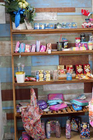 Foto 19 - Interior di Kullerfull Coffee oleh Deasy Lim