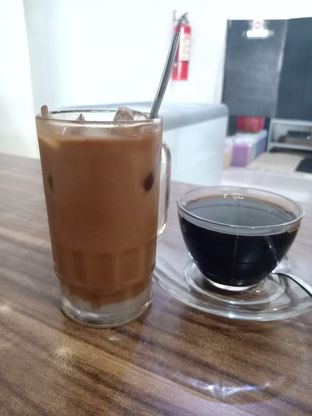 Foto 1 - Makanan di Kong Djie Coffee Belitung oleh Jocelin Muliawan