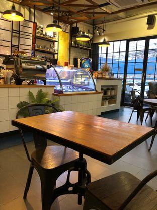 Foto 8 - Interior di Conversations Over Coffee (COC) oleh Mitha Komala