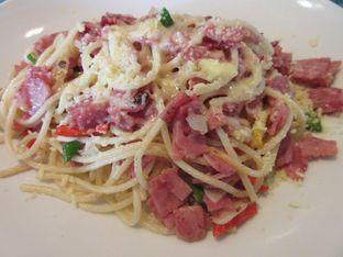 Foto 5 - Makanan(Spaghetti Aglio olio) di Feast - Sheraton Bandung Hotel & Towers oleh meliricjourney