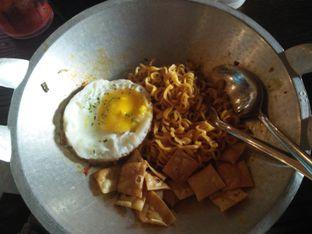 Foto - Makanan di GigaBites Cyber Cafe & Eatery oleh Fiski