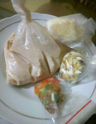 Foto 3 - Makanan di Soto Pak J oleh Regina Laij