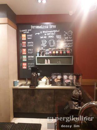 Foto 4 - Interior di Caribou Coffee oleh Deasy Lim