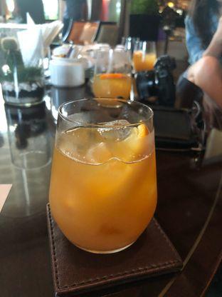 Foto 8 - Makanan di The Writers Bar - Raffles Jakarta Hotel oleh vionna novani