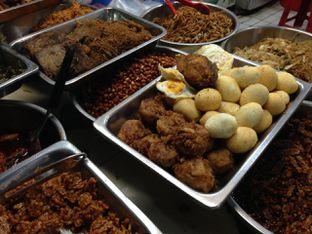 Foto 1 - Makanan di Lontong Medan Alay oleh awakmutukangmakan