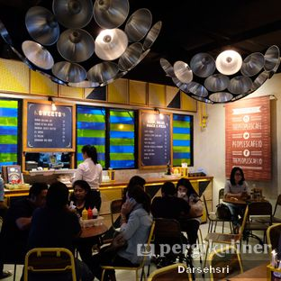 Foto review The People's Cafe oleh Darsehsri Handayani 10