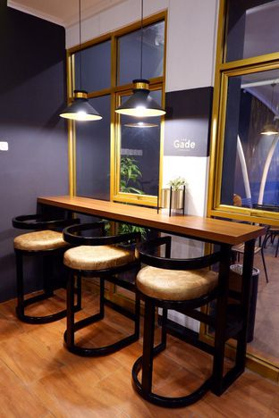 Foto 2 - Interior di The Gade Coffee & Gold oleh yudistira ishak abrar
