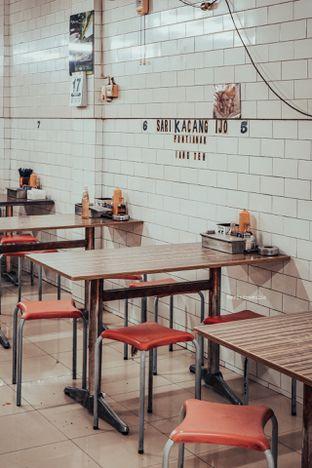 Foto 4 - Interior di Bakmi Kepiting Ayau 78E oleh Indra Mulia