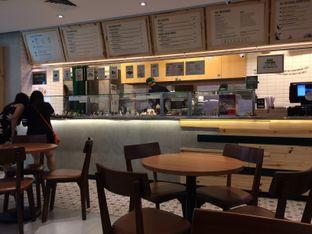 Foto 3 - Interior di SaladStop! oleh Elvira Sutanto