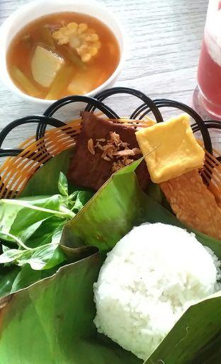 Foto 1 - Makanan di Orofi Cafe oleh yulina pribadi