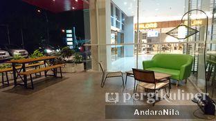 Foto 6 - Interior di Cozyfield Cafe oleh AndaraNila