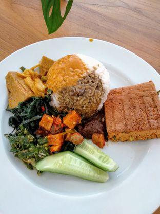 Foto 2 - Makanan di Padang Merdeka oleh Ika Nurhayati