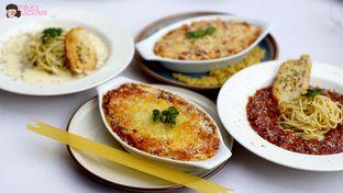 Foto 6 - Makanan(Aneka Pasta) di Maximo Resto & Garden - Puri Setiabudhi Residence Hotel oleh @demialicious