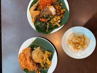 Foto 1 - Makanan di Nasi Kapau Juragan oleh Isabella Chandra