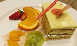 Plumeria Lounge - Hotel Grand Mercure Kemayoran