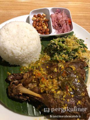 Foto 3 - Makanan di Bale Lombok oleh Francine Alexandra