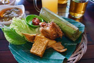 Foto - Makanan di Rumah Makan Pondok Bambu Tirza 3 oleh Yulio Chandra