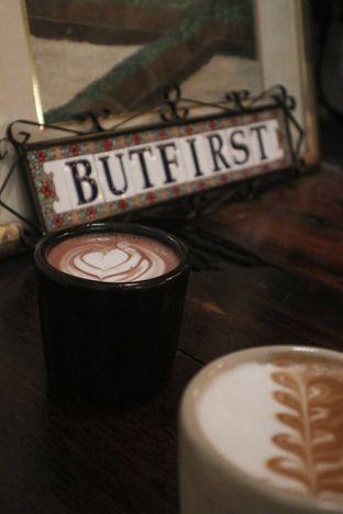 Foto 3 - Makanan di But First Coffee oleh thehandsofcuisine