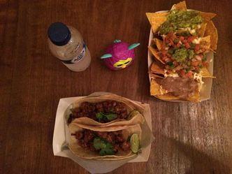 Foto Makanan di Taco Local