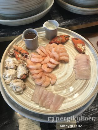 Foto review Pacific Restaurant and Lounge (PASOLA) - The Ritz Carlton Pacific Place oleh Hungry Mommy 5