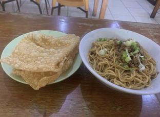 Foto - Makanan di Mie Naripan oleh @eatfoodtravel