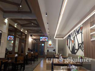 Foto 4 - Interior di De Mandailing Cafe N Eatery oleh Prita Hayuning Dias