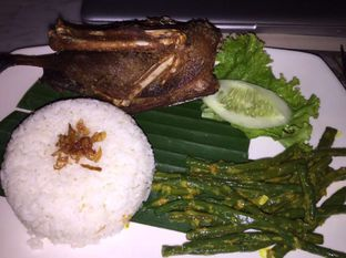 Foto - Makanan di Bebek Tepi Sawah oleh Andrika Nadia